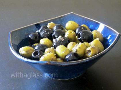 Seasoned Olives