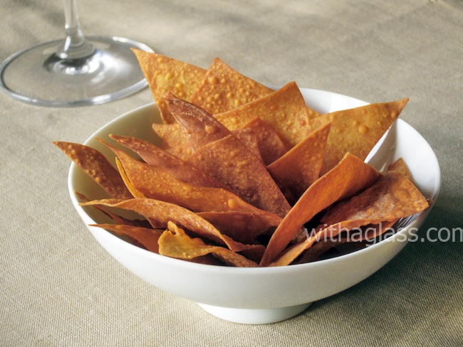 Baked Wonton Chips baked wonton chips / wonton crisps with a glass
