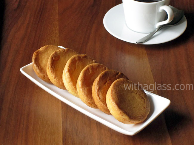 Palets bretons (Sweet and Salty Brittany Cookies)