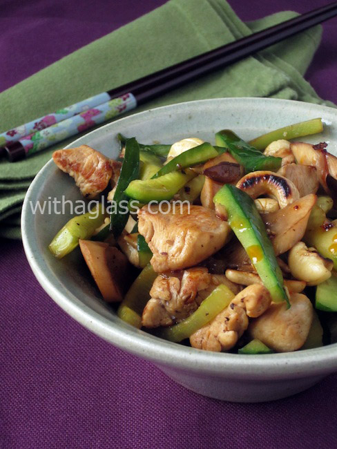 Cucumber Stir Fried with Chicken and Cashew Nuts