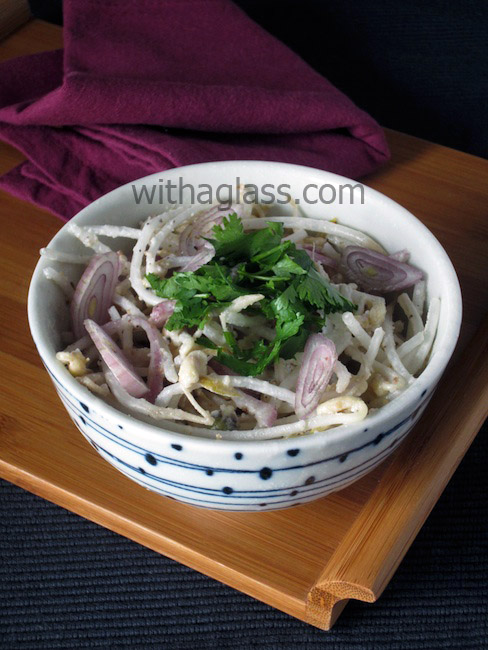 Thai Bean Sprout Salad with Coconut (Yam Tua Nork)