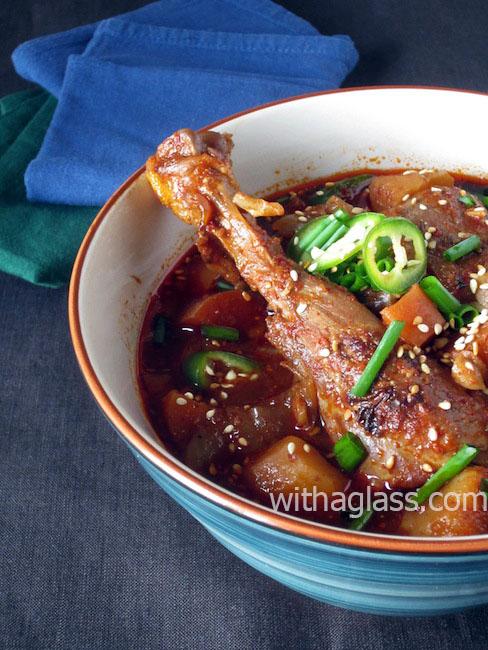 Korean Chicken and Gochujang Stew (Dak Dori Tang 닭도리탕)